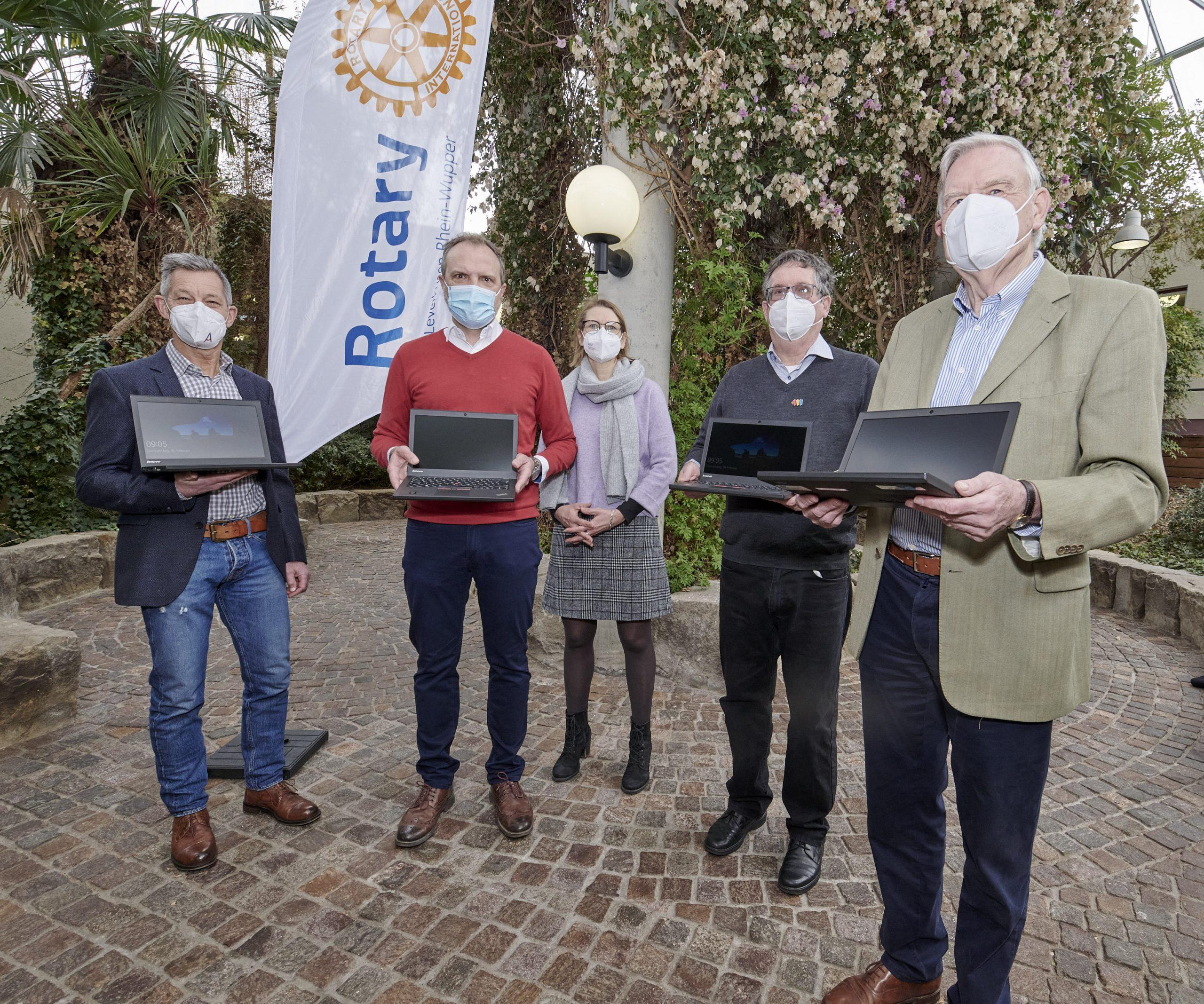 Laptops für Schule in Langenfelld
